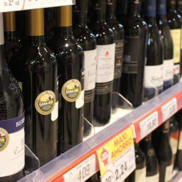 VINO, BOTELLAS ALCOHOL, SUPERMERCADO - EUROPA PRESS - Archivo