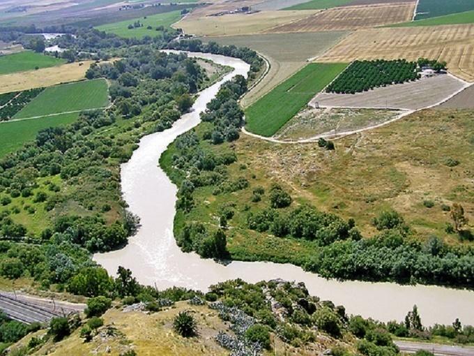 Urbanismo y la Confederación Hidrográfica del Guadalquivir concretan protocolos por la crecida del Río