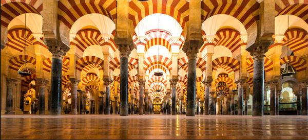 Córdoba refuerza la colaboración y buena sintonía con el Cabildo-Catedral