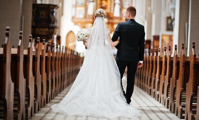 España, cuarto país de la UE con menos bodas