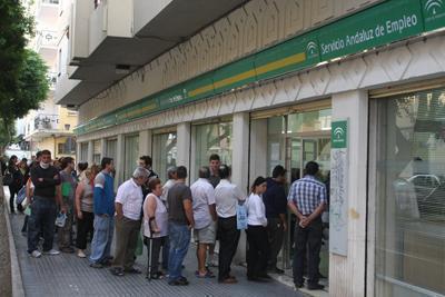 #NoSonBuenasNoticias: El desempleo cierra 2019 con el menor descenso de los últimos siete años