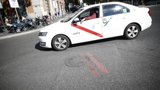 El servicio del taxi en Madrid tendrá precio cerrado y con descuento ecológico desde enero