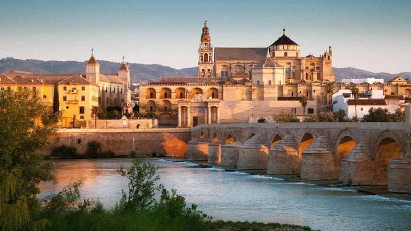 Puente romano y Mezquita de Córdoba. RTVE