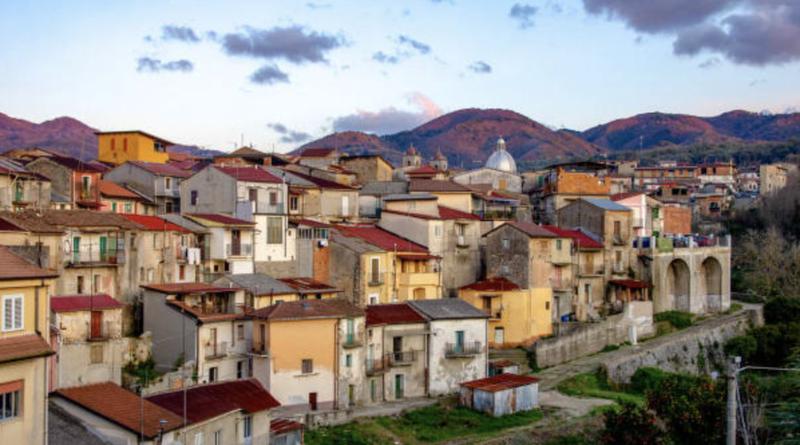 Cinquefrondi, la ciudad italiana que vende casas de un dólar